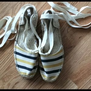 NWOB Soludos striped ankle tie up espadrilles